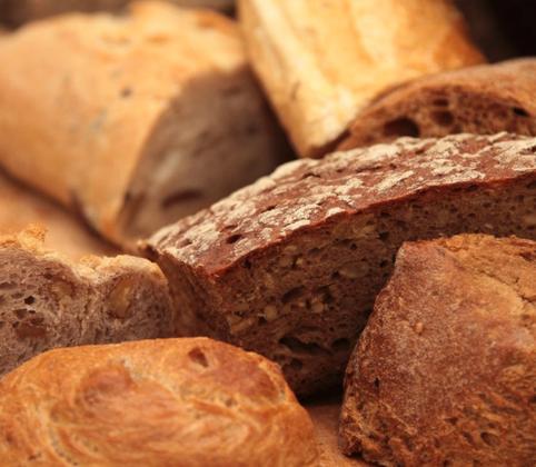 Préparation de pain à la farine de blé bio